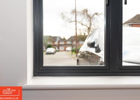 Cose-up-of-aluminium-casement-window-frame-air-MOD-Series-Chelsea