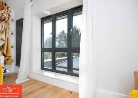 Flush-aluminium-window-everglade-Radlett
