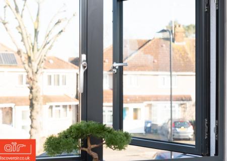 Flush-aluminium-window-everglade-harlington