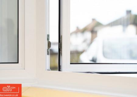 White-aluminium-flush-sash-window-Acton