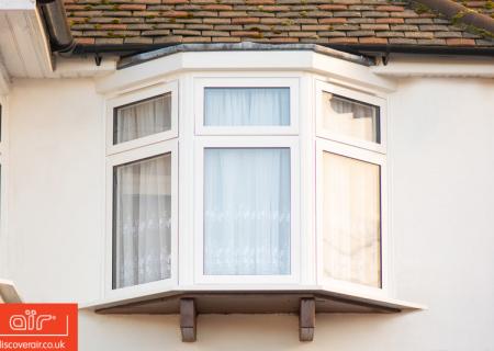 White-aluminium-flush-sash-window-Burnham